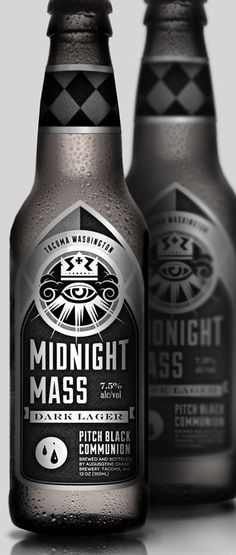 A branding for OMEN brewery and their signature Midnight Mass Dark Lager. Cool Packaging, Beverage Packaging, Bottle Packaging, Design Packaging, Branding Design, Beer Label Design, Etiquette Vintage, Beer Brands, Wine And Beer