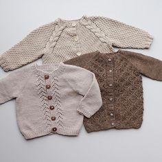 Kanskje på tide å prøve en annen farge  #faunajakke #barnejakkemedfletter #barnestrikk  #guttestrikk  #strikking #jentestrikk #strikkespam #strikkedilla #knit #knitting #knittinglove #knittingaddict #følgstrikkere #followknitters