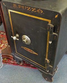 Old Antique Vintage Cast Iron Floor Safe Iron Antique