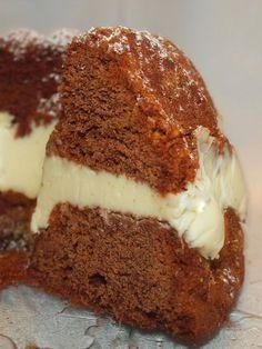 appelsiini-suklaakakku, suklainen kuivakakku Biscuits, Petit Cake, Cake Chocolat, Scandinavian Food, Coffee Cake, Buffet, Food And Drink, Cooking Recipes, Yummy Food