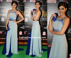 Kriti sanon at iifa rocks 2015