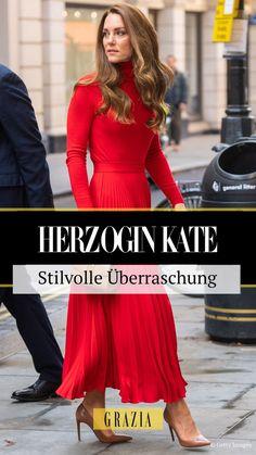 Prinz Williams Ehefrau Herzogin Kate sorgte bei einer Charity-Veranstaltung mit einem angesagten Herbst Outfit für eine stilvolle Überraschung. #grazia #grazia_magazin #kate #herzoginkate #royal #royalstyle #cambridge