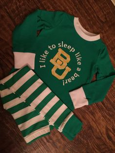 Baylor University pajamas top and pants sets Sleep like a bear pjs applique green & gold baby toddler kid snug fit striped PJs personalized