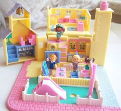 Favorite toy.  Vintage polly pocket.