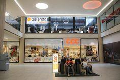 Zalando-Outlet im DuMont-Carré eröffnet http://dld.bz/ePat5