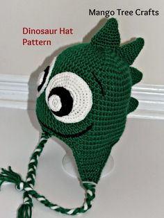 crochet dinosaur hat pattern free – Knitting Tips Crochet Dinosaur Hat, Crochet Dinosaur Patterns, Crochet Kids Hats, Crochet For Boys, Crochet Beanie, Crochet Crafts, Crochet Projects, Free Crochet, Knitted Hats