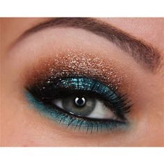 I love the pop of teal with copper/brown shadows, so pretty...