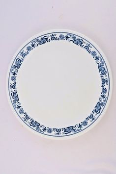 Corelle Old Town Blue Dinner Plates Set of 8 Blue Onion Design 10.25 Inches & Corelle Boutique Uptowne Blue Mavi 16 Pc Set Service for 4 Only at ...