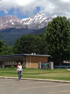 Mt Shasta  so hot outside and the mountain is so high it is snow covered