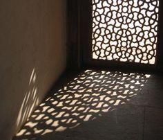http://kayhanirani.files.wordpress.com/2012/11/houmayoun-35a.jpg