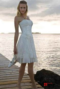 short lace wedding dress!!... ok lets not get ahead of ourselves but i would love to do this