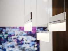 HOLLY HUNT chandelier. Available at the DD Building suite 503/605 #ddbny #hollyhunt