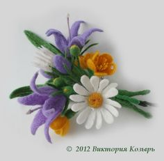 Felt posy - white, yellow and soft purple flowers Faux Flowers, Fabric Flowers, Paper Flowers, Felted Flowers, Purple Flowers, Felt Crafts, Easter Crafts, Flower Crafts, Flower Art