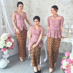 source from ig Kebaya Pink, Kebaya Peplum, Vera Kebaya, Kebaya Lace, Batik Kebaya, Batik Dress, Kimono, Model Rok Kebaya, Model Kebaya Muslim