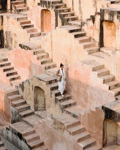 """Pastel Jaipur: Why India's 'Pink City' is a photographer's paradise Places to travel 2019 """"A lot of the buildings were designed to be very symmetrical, which from a photographer's perspective works out very nicely,"""" said Victor Cheng. Goa India, Wanderlust Travel, Passport Travel, Travel Around The World, Around The Worlds, Places To Travel, Places To Visit, Travel Destinations, Les Continents"""