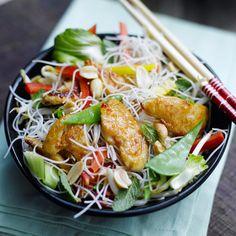 entulinea.es: Receta de entulínea - Ensalada asiática de pollo y pasta con menta y cacahuete