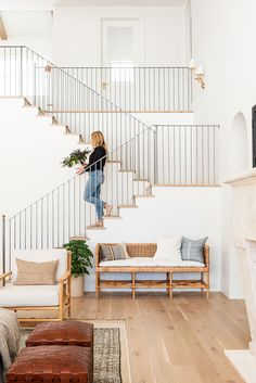 Modern Farmhouse Stairs with Metal Railing by Studio McGee - The McGee Home - White Walls Wood Risers Gray Stair Rails Estudio Mcgee, Farmhouse Stairs, Modern Farmhouse, Farmhouse Decor, Farmhouse Design, Home Interior, Interior Design, Interior Modern, Interior Livingroom