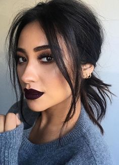 Eye makeup, but nude lip