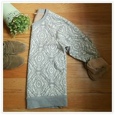 J.Crew Gray Sweatshirt Pretty sweater with white brocade pattern throughout. Inside is a tan color which gives it great look when you roll the sleeves up. Super comfortable. In excellent pre-loved condition. From their retail store. J. Crew Tops Sweatshirts & Hoodies