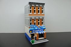Hungry? Let the Fish & Chips restaurant satisfy your British cravings.Jackahorner created the modular store with inspiration from several fish and ch