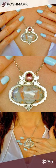 """COLLECTOR GEM LACE AGATE STERLING SILVER NECKLACE! *COLLECTOR STONE*ONE OF A KIND*REMARKABLE HEIRLOOM TREASURE. Layer upon Layer of this GLOSSY, 100% NATURAL* 3-Dimensional cream,peach,pink & vintage white """"lace"""" Agate Gem creates a luxurious & picturesque image of a FLOWER! THIS*RARE & GENUINE* Lace Agate is a piece of Art in and of itself.When you behold the Naturally created """"flower petals"""" of lace You will be awestruck with Mother Nature & her ingenious artistry!Made with a GEM GRADE…"""