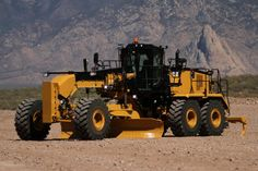 New CAT Motor Grader Delivers Greater Fuel Efficiency & Power, & Provided Enhanced Durability, Safety & Operator Convenience Heavy Construction Equipment, Construction Machines, Heavy Equipment, Earth Moving Equipment, Caterpillar Equipment, Armored Truck, Motor Grader, Mining Equipment, Heavy Machinery