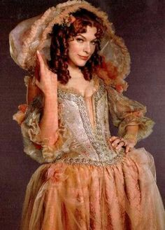 Theatre Costumes, Movie Costumes, Cosplay Costumes, Beautiful Costumes, Beautiful Gowns, The Three Musketeers 2011, Milady De Winter, Musketeer Costume, 17th Century Fashion
