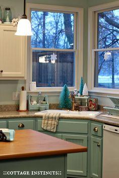 Kitchen Corner Window Dream Homes 28 Ideas Corner Sink Kitchen, Kitchen Sink Design, Rustic Kitchen, New Kitchen, Kitchen Decor, Kitchen Ideas, Kitchen Tips, Kitchen Flooring, Kitchen Furniture