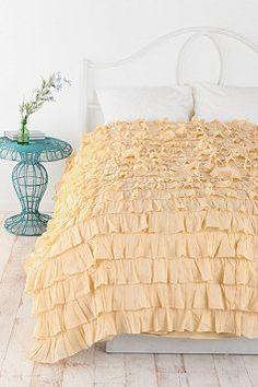 Urban Outfitters - Duvets & Quilts