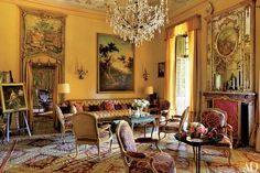 Marella Agnelli's Enchanting Estate in Northern Italy Yellow Interior, French Interior, Classic Interior, Architectural Digest, French Country Rug, French Country Decorating, French Style, Classic Living Room, Interior Decorating