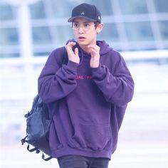 KPOP EXO CHANYEOL Airport Sweatershirt Hoodie Fashion Cotton Jacket 2019