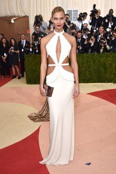 The 2016 Met Gala Red Carpet Karlie Kloss