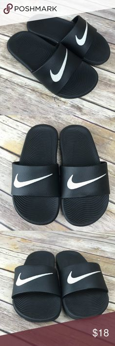 171e068a23321 Nike Boys Kawa Sports Slides Nike slip on sandals in size boys 12c Preowned  in great