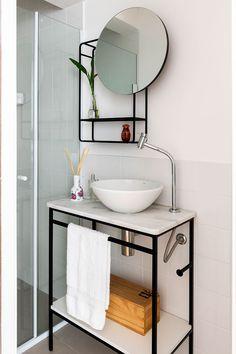 trendy home sweet hom diy interior design Bad Inspiration, Bathroom Inspiration, Diy Interior, Bathroom Interior Design, Small Space Living, Small Spaces, Diy Casa, Trendy Home, Metal Furniture