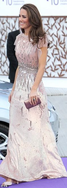 The Duchess of Cambridge in a simply gorgeous Jenny Packham gown. I LOVE, LOVE this dress. That is how you wear sequins!