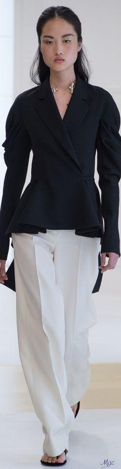 Fall 2016 Haute Couture - Christian Dior