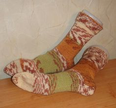 Soft+and+warm+hand+knitted+man+socks+made+by+PerfectShopHandMade