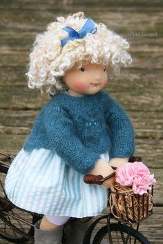 Femke - a natural fiber art doll by Petit Gosset Doll Patterns, Clothing Patterns, Barbie, Waldorf Dolls, Soft Dolls, Handmade Toys, Beautiful Dolls, Couture, Hand Knitting