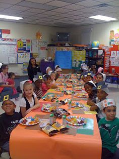 Adorable Thanksgiving feast for first graders!  We had one every year.  Our class, Pilgrims, second graders came as Native Americans.  Fun!