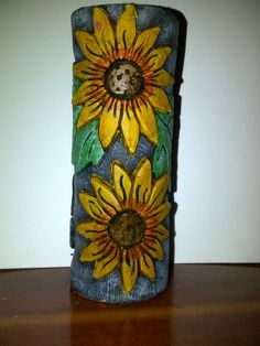 HAND CARVED CANDLE, VELAS TALLADAS Bottle Art, Decoration, Pottery Art, Hand Carved, Decoupage, Candle Holders, Arts And Crafts, Lily, Carving