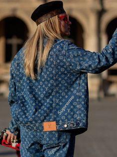 Supreme Louis Vuitton Deck – Incredible Home Decking Denim Fashion, Look Fashion, Fashion News, Fashion Outfits, Fashion Trends, Louis Vuitton Jeans, Jumpsuit Denim, Denim On Denim Looks, Blue Denim