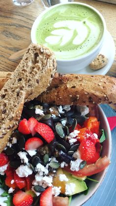 Spring salad & a matcha latte @ Coffee Room Coffee Room, Spring Salad, Coffee Latte, Matcha, Ethnic Recipes, Travel, Food, Viajes, Coffee Milk