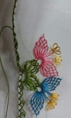 Drawn Thread, Thread Work, Needle Lace, Bobbin Lace, Japanese Embroidery, Hand Embroidery, Loom Knitting Projects, Knitted Shawls, Knitting Socks
