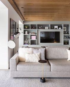"""Sofás modernos: 80 modelos cheios de estilo e conforto para a sala - """"Mi salon de Otoño"""" - Home Furniture, Furniture Design, New Living Room, Sweet Home, New Homes, House Design, Interior Design, Home Decor, Flavio"""