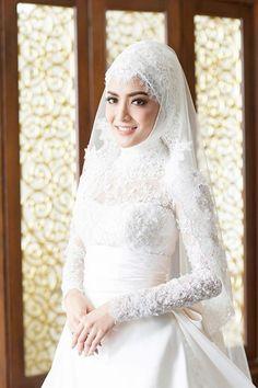 รีวิวภาพ ชุดแต่งงานอิสลาม ของเหล่าเจ้าสาว ดารามุสลิมคนดัง