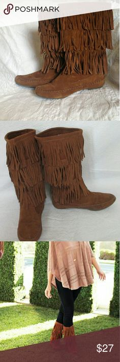 NWOT LC Lauren Conrad Moccasins Soft, comfy & stylish LC moccasins! Brown suede w/ fringe - calf height. Nice alternative to a standard riding boot. LC Lauren Conrad Shoes Moccasins