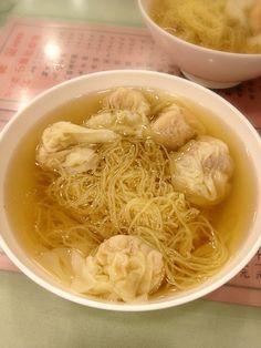 流石フォーシーズンズがオススメするだけはある。 - 59件のもぐもぐ - ワンタン麺 Wang-Tang Mien by 榎本大輔 (Dice-K.Enomoto)