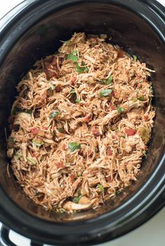 Walk in the door at the end of the day to delicious, tender shredded chicken perfect for all of your Mexican-inspired dishes ~ http://www.fromvalerieskitchen.stfi.re