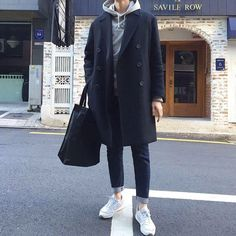 Discover recipes, home ideas, style inspiration and other ideas to try. Korean Winter Outfits, Classy Winter Outfits, Winter Fashion Outfits, Korean Outfits, Look Fashion, Mode Man, Classy Suits, Korean Fashion Men, Mens Clothing Styles