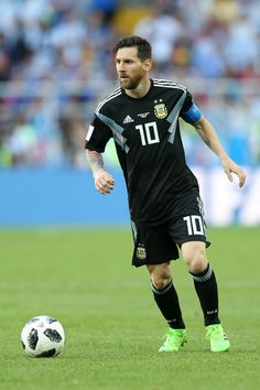 Lionel Messi Photos - Argentina vs. Iceland: Group D - 2018 FIFA World Cup Russia - 87 of 11667 - Zimbio